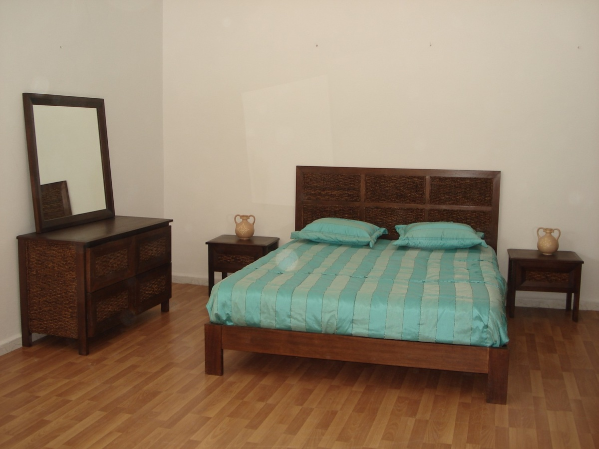 chambre parents rotin lajnef les artisans cr atifs. Black Bedroom Furniture Sets. Home Design Ideas